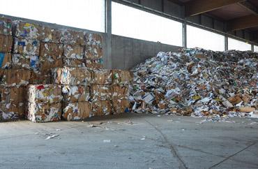 Entsorgung Recycling Müllabfuhr Schrott Altholz elektronische Kabel gefährliche Abfälle Hausmüll Abfall